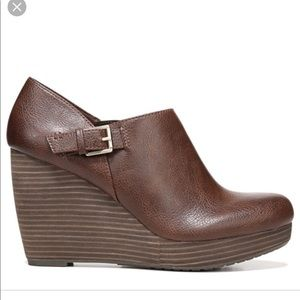Dr. Scholl's Honor wedges